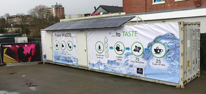 a-energy-self-sufficient-and-'closed-loop'-mobile-water-unit